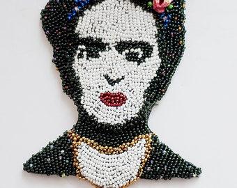 brooch Frida