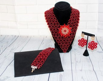 Chic Burgundy Jewelry Set