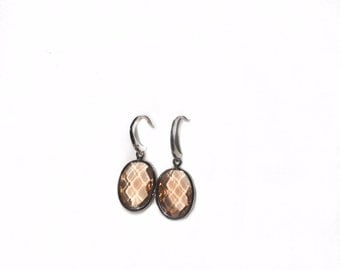 Oval silver Plated peah cubic zirconia earrings