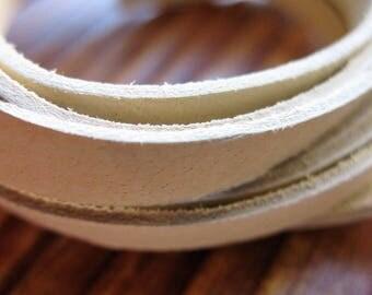 Buckskin Strap Footage in Natural Tan - 5mm Flat - 1 foot