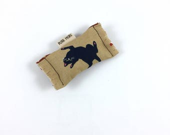 Black Cat Green Bean Organic Eco Friendly Catnip Cat Toy For Mew