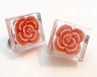 Peach Flower Earrings in Lucite - Vintage Screwback Earrings - Square Earrings - Carnation Earrings - Vintage Earrings