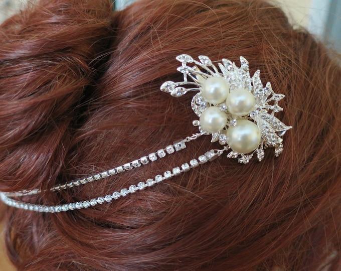 Art Deco Inspired Marquise Crystal Leaf Headpiece Rhinestone Bridal Head Chain Forehead Wedding Headpiece Ivory Cream Large Pearl Halo Tiara