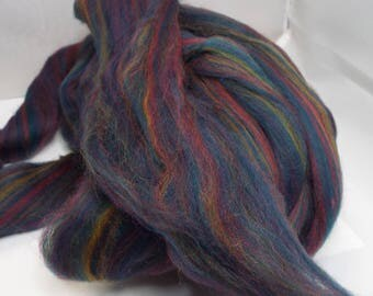 Polwarth, Navy, 4 ounces, fiber, spinning fiber, spindle spinning, spinning, roving, top, Ashland Bay, Threadsthrutime