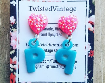Letter P Monogram Sparkly Heart 90s Earrings