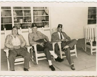 vintage photo 1940 Atlantic City New Jersey Holmhurst Hotel 3 Shriners Men in Fez Hats