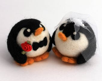 Penguin Wedding Cake Topper, Wedding Penguins, Bride and Groom Customisible Wedding Cake Topper