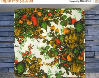 """30% MOVING SALE 70s couch pillow cover / kitsch pillow sham / orange avocado gold khaki / NEW never been used 15"""" sq"""