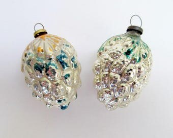 Vintage Glass Berry Ornament Set of 2/ Vintage Glass Ornament/ Christmas Ornament for Feather Tree/ Mini Ornament