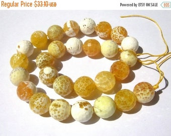 50% Off Sale 14 Inches - Finest Quality Natural Yellow and white Shaded Agate Faceted Round Beads, Size 14x14mm approx