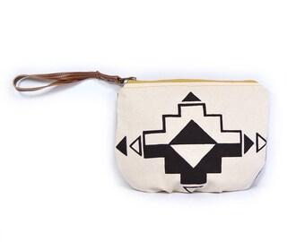 wristlet clutch • geometric print clutch - waxed canvas clutch • geometric print - waxed canvas - bags under 40 • casita no. 1