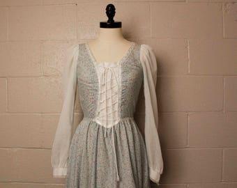 Vintage 1970's Gunne Sax Blue Floral White Prairie Dress 9