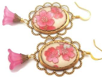 Cherry Blossoms Earrings-Sakura Earrings-Pink Floral Jewelry-Spring Fashion-Gold toned Earrings-Kimono Fabric-Earwire Earrings-Jewellery