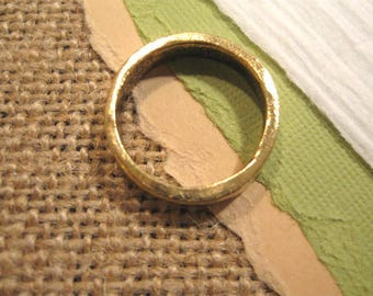 Hammered Stacking Ring in Antique Gold from Nunn Design in Size 6
