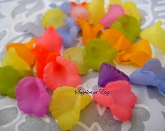 Special SALE-Lucite Matte MULTICOLORED Calla lily Flowers- Ruffle Lucite Flower Beads Assorted Colors-Lucite Center piece-Sample pack