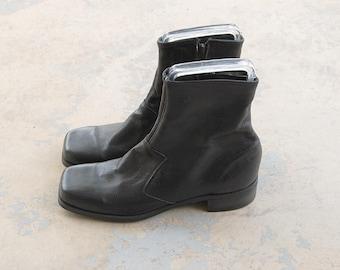 vintage 60s Chelsea Ankle Boots - Black Leather Beatle Boots - 1960s Deadstock NOS Mod Boots Sz M 7 W 9 40