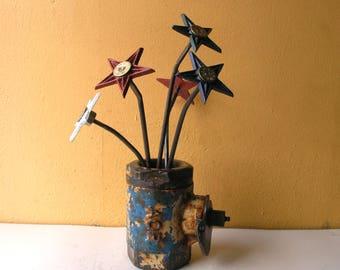 Unique Steampunk Vase Industrial flower Vase for Home Office Desk Decor metal flower holder Manly Gift Steel anniversary artist brush holder