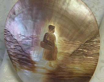 christmasinjuly Carved Anitque Sea Shell,Woman Holding Basket, Beautiful Natural Patina