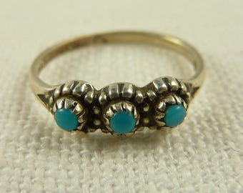 Size 4.5 Vintage Petite Bell Trading Post Faux Turquoise Ring