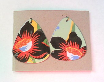 Reclaimed Upcycled Jewelry Tin Earring Findings Pair