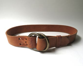 Banana Republic vintage Rustic Saddle Brown Leather Belt with Double Brass Ring Buckle / Made in Italy / Boho Hipster Hippie Folk Festivals