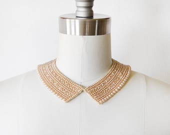 vintage 50s pearl collar, 1950s beaded necklace, peach faux pearl Peter Pan collar bib