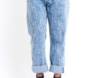 40% OFF The Acid Wash Levi's Boyfriend Jeans