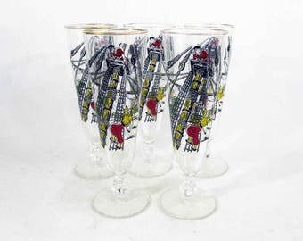 Vintage Nautical Ship and Sailors Motif Pilsner Beer Glasses. Set of 5. Circa 1960's.