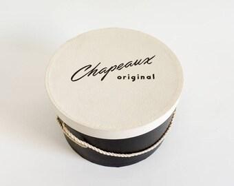 """Vintage 1950s Hat Box / Chapeaux Originals Hat Box 11x6.5""""h VGC / Black White Boudoir Display Set Prop Storage"""