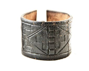 Black Leather Jewelry Cuffs Wristbands Distressed Vintage Leather Belt Bracelets
