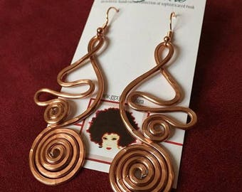 ANCIENT ABSTRACT: Bangin Beauties hammered aluminum wire earrings