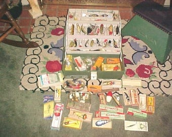 Lot Vintage FISHING Lures/Tackle w PIANO 6300 Box 100 Items PLUS
