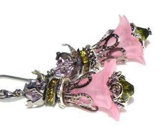 Lucite Flower Earrings - Pale pink and olive green Victorian earrings - Gunmetal bead cap - Swarovski squaredelles