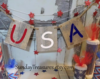 USA Wood Banner / July 4th / Patriotic Party Decorations / Sign Garland / Black or Red White Blue Letters / 3 Day Ship (refCban)
