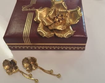 Vintage Gold Color Brooch and Earrings Set with Red Rhinestones