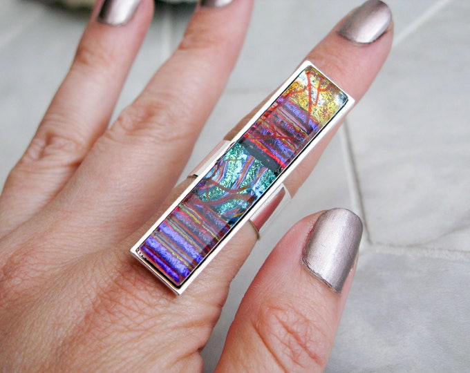 rectangle glass cocktail ring, large dichroic glass ring, multicoloured glass statement ring, avant garde costume jewelry, gift for her