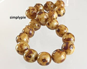 Butternut Picasso Czech Glass Beads, 8mm Round Druk 20