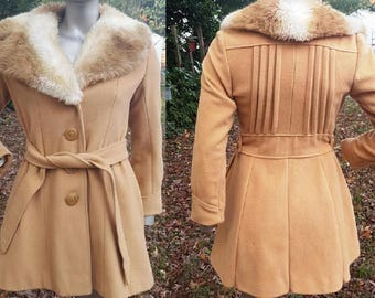 Womens Coat, Vintage Coat, Short Coat, Fur Coat, Vegan Coat, 70s Coat, Camel Coat, Vintage Costume, Gift for Her, 70s Costume, Faux Fur Coat
