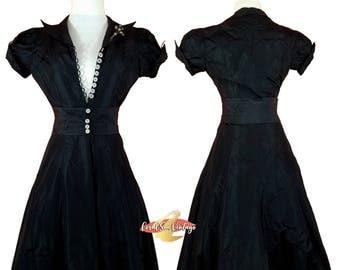 SALE 1930s Evening Gown, VAMP Dress, Art Deco Celluloid Brooch, XS Size 0, American Designer, Black Quilted Silk Taffeta