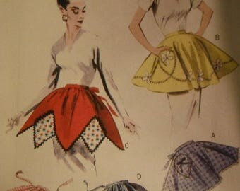 Aprons Aprons Aprons Retro 1954--UNCUT Patterns--Multi Size sml-lg Pattern  --40-70% off Patterns n Books SALE