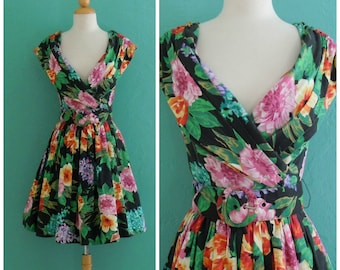 80's floral full skirt party dress ~ small medium