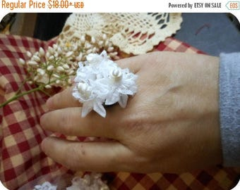 White Topiary Satin Millinery Flower Bridal Ring. Bridesmaids Ring. Flower Bouquet ring. White Wedding ring. Bride's corsage ring