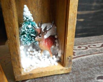 SALE Micro Mini Diorama. Deer Buck & Evergreen Snow Nature Scenic Curio. Winter Wonderland . Smalls. Little World. Vintage Dovetail tiny box