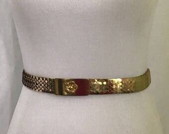 Vintage 1980s Gold Tone Elastic Fish Scale Metal Belt S