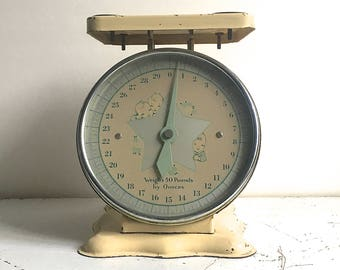 Vintage Metal Nursery Baby Scale Pale Yellow Baby Graphics Cottage Shabby Chic