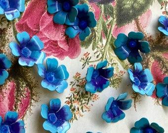 15 Vintage Forget Me Nots,Enamel beads,Vintage Enamel Flower Beads,vintage flower Cabochons,Enamel beads,Boho Beads,Metal Jackets,NOS #822D