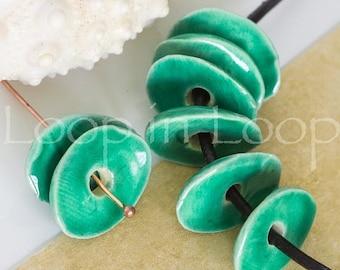25%OFF 4 emerald green Mykonos Greek Beads Cornflake Chips bead, enamel Ceramic bohemian beads shiny discs cornflakes 13-16mm Bead DIY