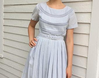 50s Striped Dress Full Skirt White Blue Vintage Jeanne Mode Short Sleeve S