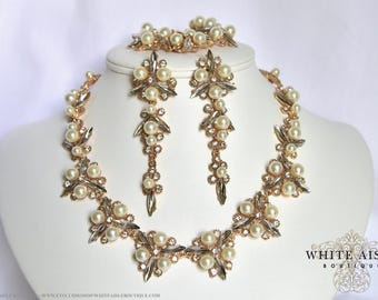 Vintage Inspired Pearl Wedding Jewelry Set Crystal Bridal Statement Necklace Earrings Bracelet Formal Prom Pageant Jewelry