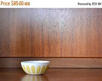 "SALE 25% OFF vintage midcentury modern enamel 4"" cathrineholm lotus bowl"